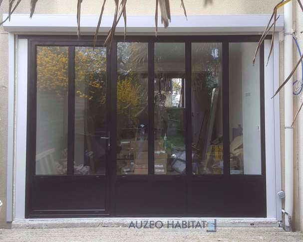 Auzeo habitat nos r alisations fen tres aluminium for Baie style atelier