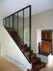 Verrière, verrière d'intérieur, verrière atelier d'artiste, cloison vitrée, cloison vitrée escalier