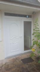 porte en PVC tiercée en remplacement d'une ancienne porte en bois